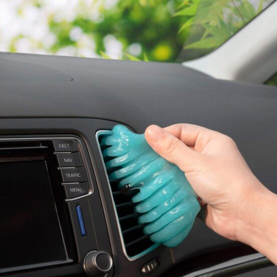 Cleaning Gel for Car Detailing
